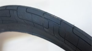 "画像1: Colony ""Griplock"" Tire[2.35 / Black]"