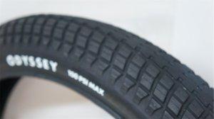 "画像1: Odyssey ""MikeAitken Street"" Tire [2.45/Black]"