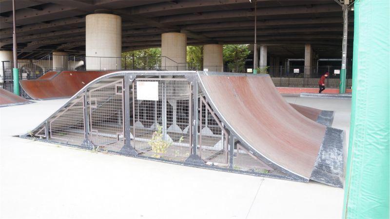 スケート パーク 新横浜